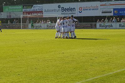 VVSB wint knotsgekke bollenderby van FC Lisse